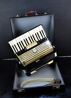 ORIGINAL VINTAGE TOP GERMAN PIANO ACCORDION WELTMEISTER 48 bass,5 reg.+HARD CASE