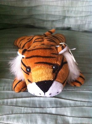 Beanie Tiger, in super condition with tags, kept in cabinet, not played with.