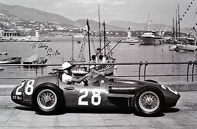 Stirling Moss F1 signed autographed 6x9 picture