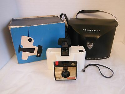 Vintage Polaroid Swinger Model 20 Land Camera With Carry Case