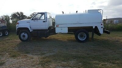 1994 Gmc Water Truck 1600 Galllons,  Well Maintained And Serviced.