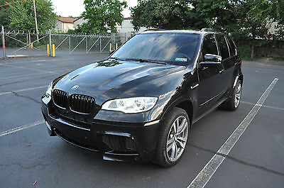 2013 BMW X5 M Sport Utility 4-Door 2013 BMW X5M BLACK ON BLACK 555 HORSEPOWER, LIKE NEW! RECONSTRUCTED TITLE