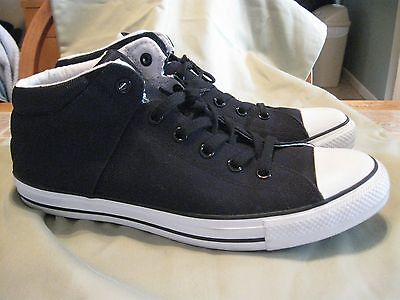 Men's Converse All Star Chuck Taylor Black & White Size 11 Mid Sneakers Shoes