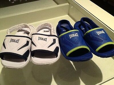 BOY TODDLER 2 pairs of everlast sandals BABY SIZE 9 BLUE AND WHITE!