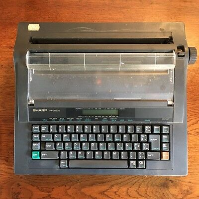 Portable Typewriter by Sharp PA-3030S - working - with instructions