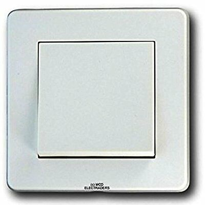 Crabtree 5170 Wide Rocker Light Switch 10amp Single Gang - 1 or 2 way