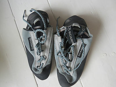 Small Scarpa rock boots climbing shoes size 3 or 4