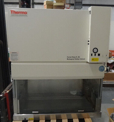 Thermo Forma Class II A2 Biological Safety Cabinet 1284