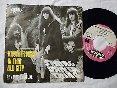 "7"" String Driven Thing - Another Night In This Old City / Say What You Like 45PS"