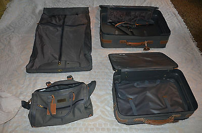 Atlantic 4 piece nice luggage set w/Garment & over night bags & two suit cases