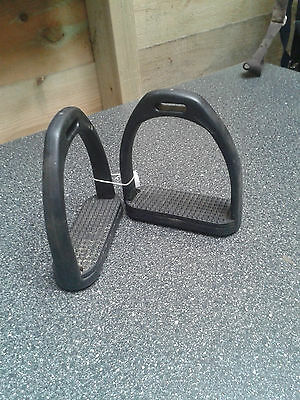 "Black Composite 4 1/2"" Stirrups"