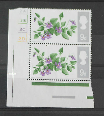 GB QEII 1967 British Flowers 9d Pair With Cylinder Numbers