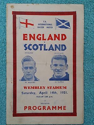 1951 - ENGLAND v SCOTLAND PROGRAMME - PIRATE EDITION (VICTOR)
