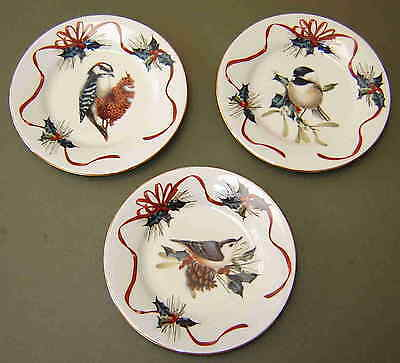 """LENOX WINTER GREETINGS - THREE 6"""" BIRD PLATES W/STAND by CATHERINE MC CLUNG"""