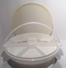 """Tupperware Lazy/Party Susan with Lid & handle 13"""" DIAMETER"""