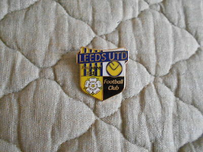 Leeds Utd Shield Badge With Yorkshire Rose & Smiley