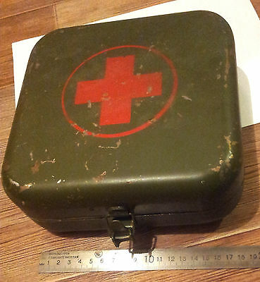 USSR Military, Soviet Russian Army Medic METAL Case First Aid for Staff Car