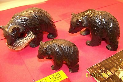 VINTAGE WOOD HAND CARVED BEAR  FAMILY BY AINU of JAPAN