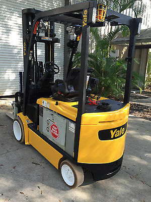 2008 Yale 48V Electric Forklift - 6500Lbs W/ Cascade Attachment - 3-Stage & Tilt