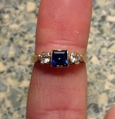 Antique 9ct Gold Sapphire Ring