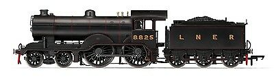 Hornby - R3233 Lner 4-4-0 D16 Class '8825' '00' Scale