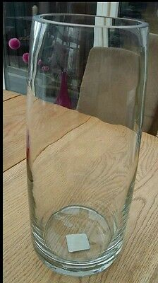 2 glass vases ~ Large thick clear vase + clear shaped vgc