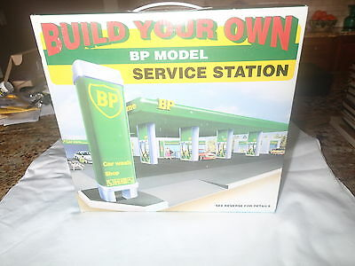NEW Build Your Own BP Model Service Station 1995 Pumps/Car Wash