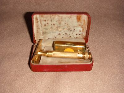 Vintage Gold Gillette Rasor With Case and Blade Box