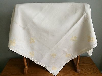 Vintage Irish Linen Hand Embroidered Table Cloth / Cream / Vintage Wedding