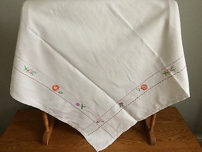 Vintage Ivory Linen Hand Embroidered Table Cloth  / Vintage Wedding