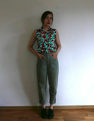 Vintage 1980s high waist light faded grey stonewashed denim MOM tapered jeans XS