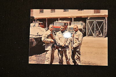 EARLY OPERATION IRAQI FREEDOM 1st ARMORED DIVISION PHOTO - SOLDIERS WITH AKs