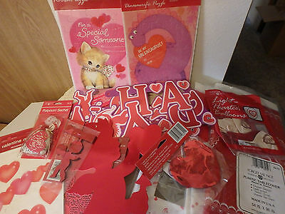 Valentines Day  - Large Lot- Hearts, Banners, Table cloths - AMERICAN GREETINGS