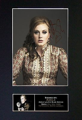 ADELE - MEMORABILIA - Collectors Signed Photo + FREE WORLD SHIPPING