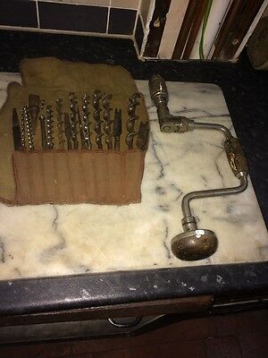 STANLEY NO.73 vintage Brace drill and a large selection of bits.