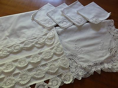 Linen/damask Placemats and napkins,white,  new, set 4 plus 1