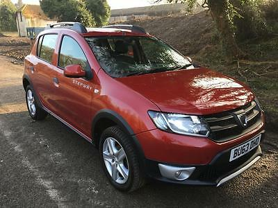 DACIA SANDERO STEPWAY LAUREATE 1.5 DCI 5dr with LEATHER and Parking Sensors, Red