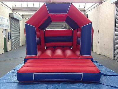 NEW 11ft x 15ft Bouncy Castle velcro