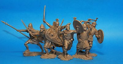 Collectible Plastic Toy Soldiers Saxons warriors set  132