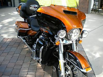 2015 Harley-Davidson Touring  2015 Harley Limited Low with 3724 Miles
