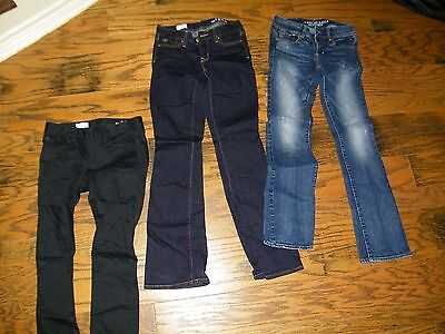 Lot of 3 Pairs of Blue JEans from Gap American Eagle Size 0/ 25 Preowned Blue Bl