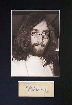 JOHN LENNON - MEMORABILIA - Collectors Photo+Autograph - FREE SHIPPING WORLDWIDE