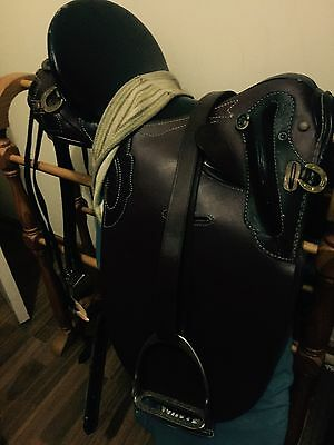 "Leather 15"" Stock Saddle"