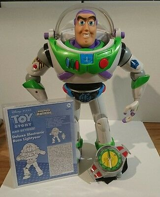 Disney Toy Story Backyard Patrol Buzz Lightyear Deluxe Action Figure Complete