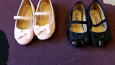 2 pairs of girls shoes aize 3 and 4