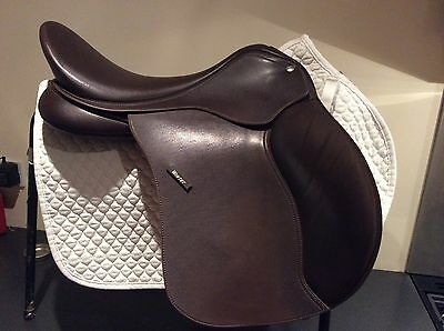 """Wintec 500 Saddle 17.5"""" with CAIR"""