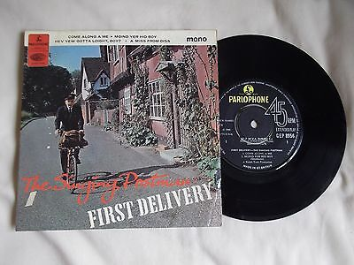 "THE SINGING POSTMAN First Delivery 7"" E.P. 1966 Hev Yew Gotta Loight Boy ? FOLK"