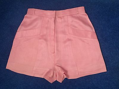 Stunning Women's vintage high waisted short shorts in pink