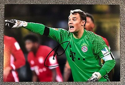 "Manuel Never Hand Signed 12x8"" Photo Bayern Munich Memorabilia Autograph COA"