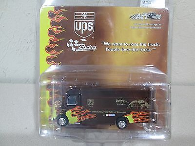 UPS Flame Diecast Racing Van 1:64 Scale Action Collectibles 2002 Limited Edition